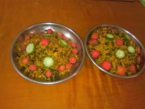 cooking rice/chhayaonline.com