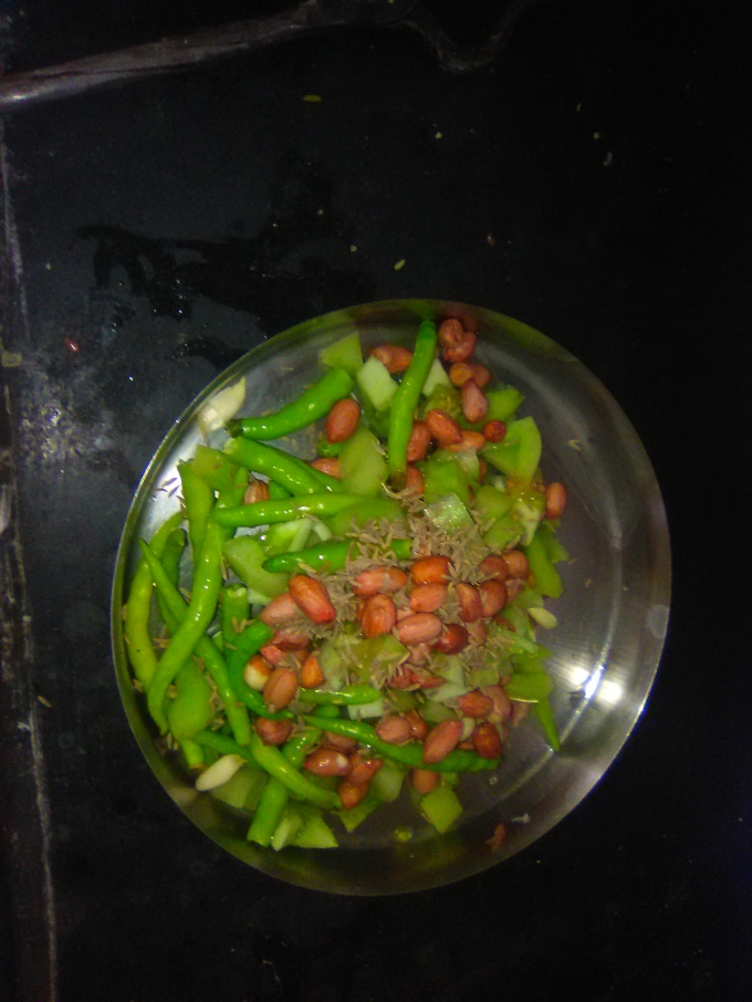 green chilly chutney with green tomatoes