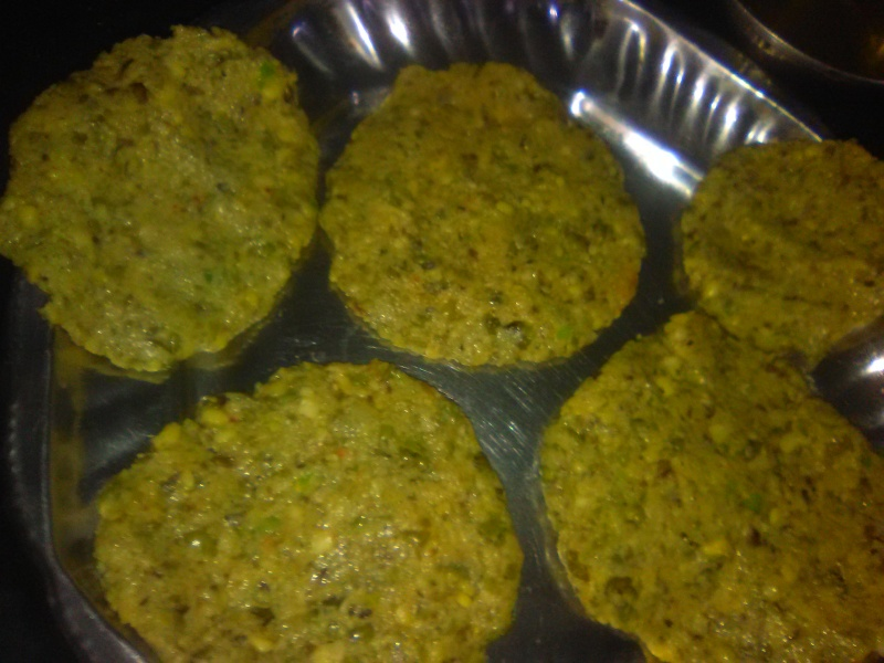 ALLU TIKKI WITH SPROUTED MOONG.