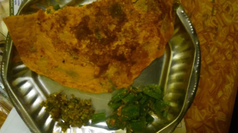 coriander-springonion basen cheela