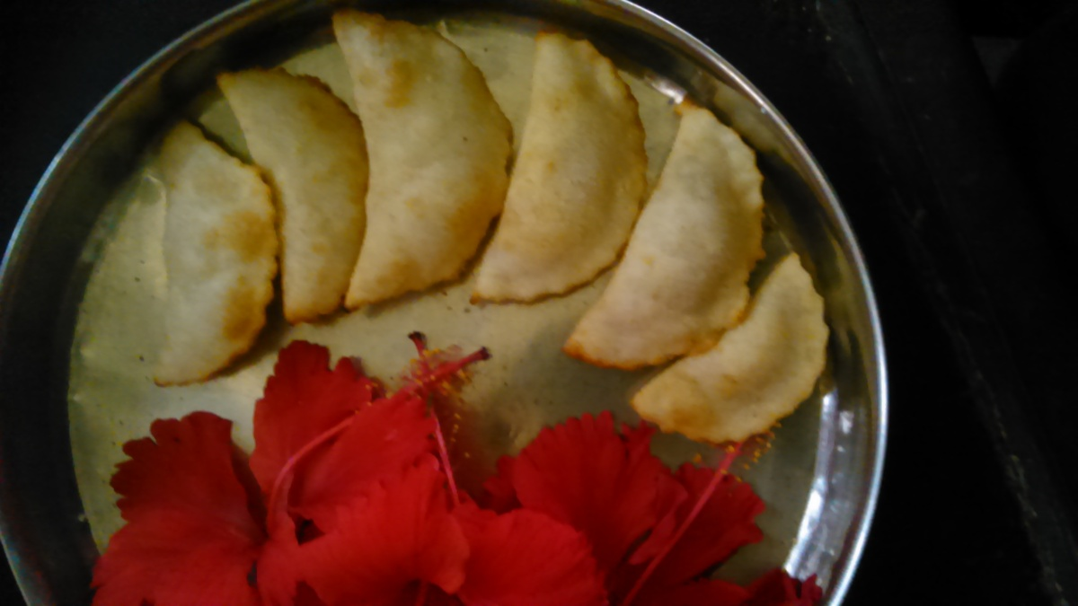 Malai Pedha [Karanji] Gujiya Recipe - Holi Special