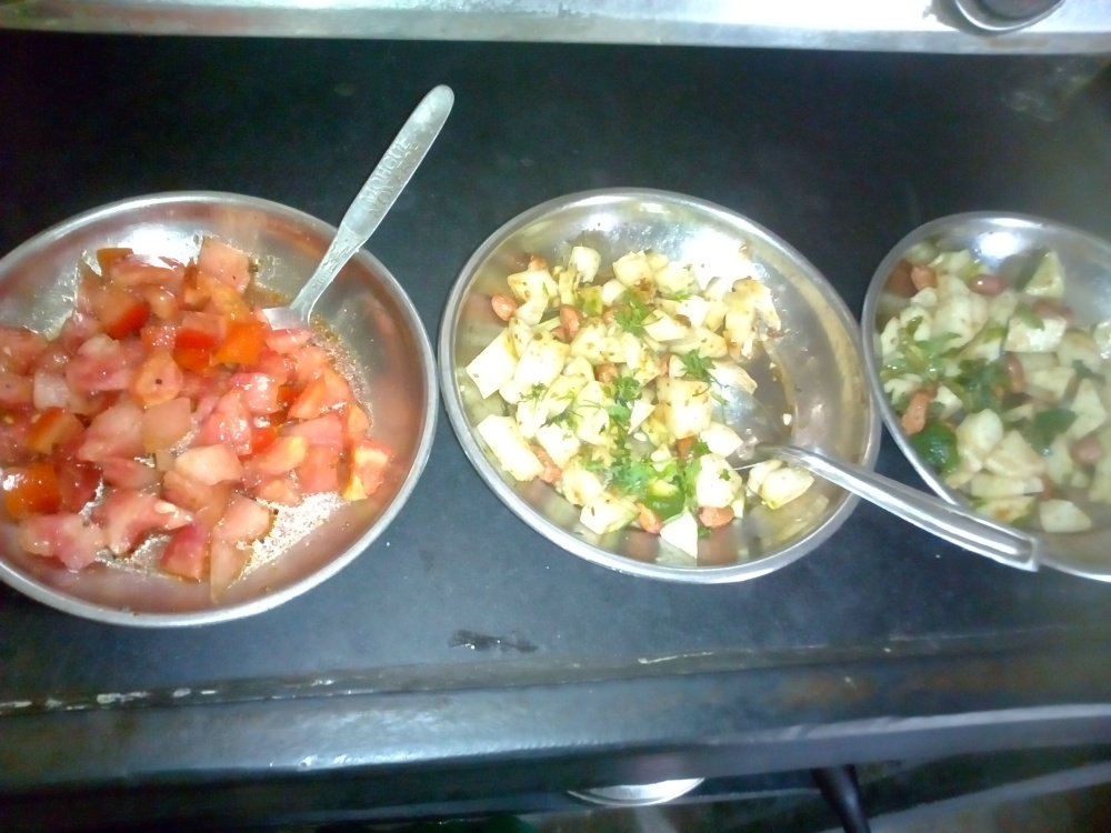 collection of salad/chhayaonline.com
