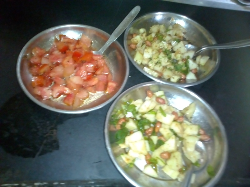 well prepared 3 types of salads/chhayaonline.com