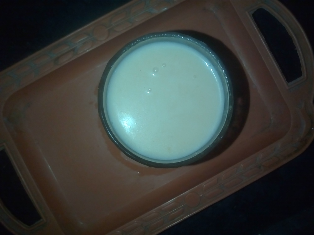 well prepared Chikoo milk shake recipe/chhayaonline.com