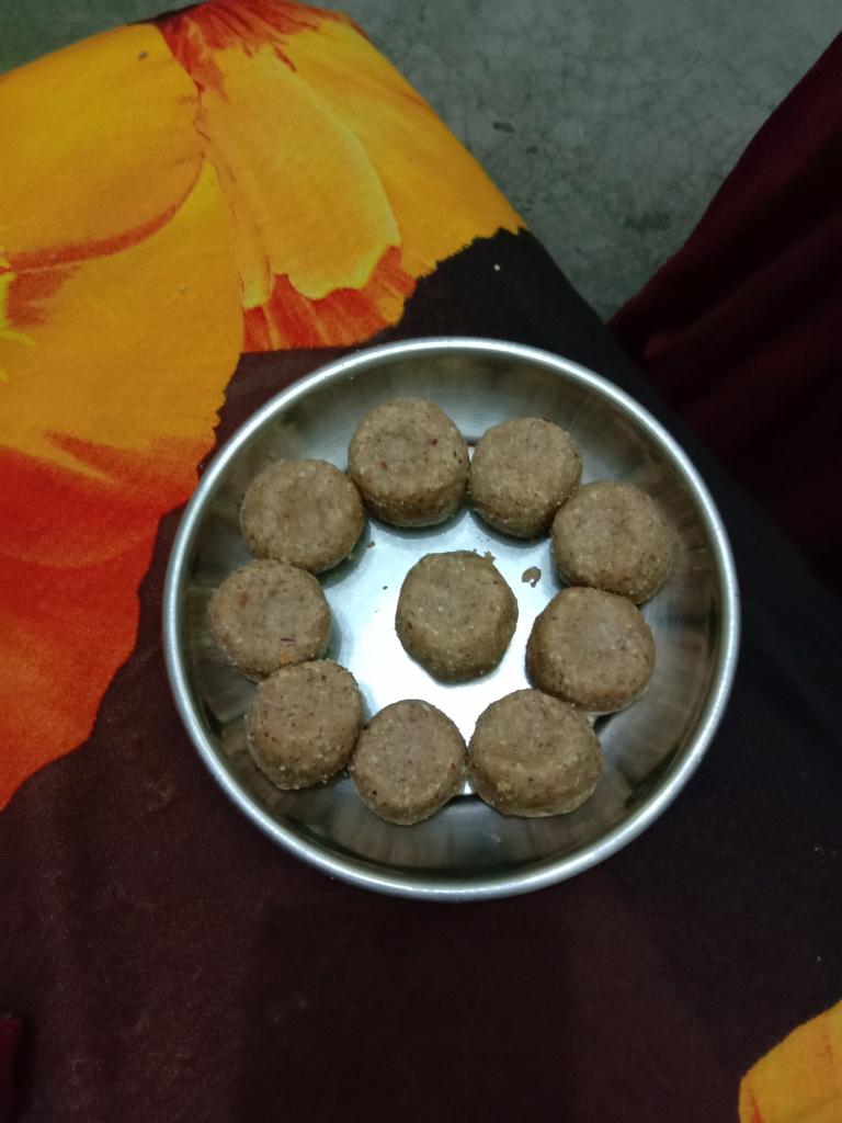 Baked peanut Ladoo recipe/chhayaonline.com