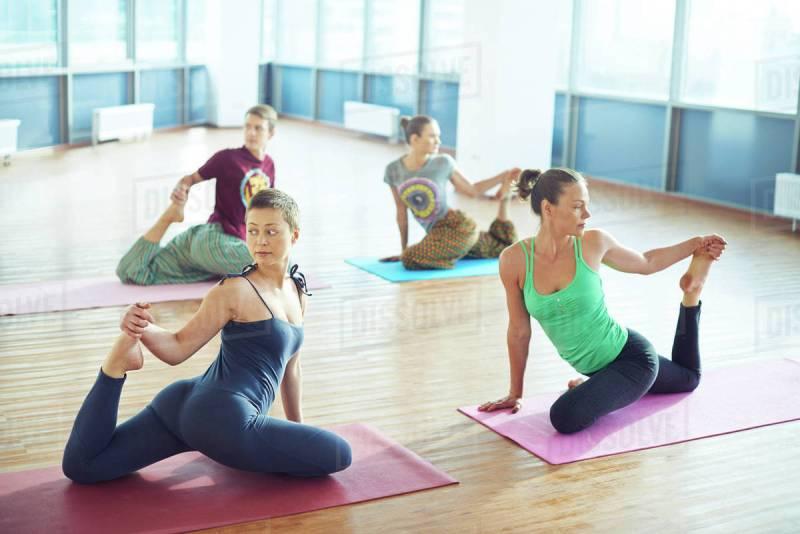 yoga practice-chhayaonline.com