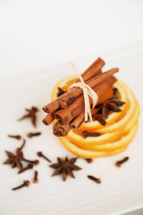 Health benefits of Indian spices- chhayaonline.com /Cinnamon