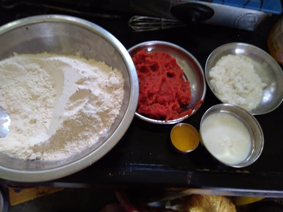 Ingredients to make Shahi sweet Paratha/chhayaonline.com
